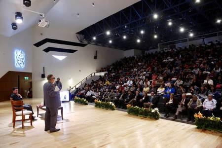 Presenta Menes Llaguno libro para mejorar impartición de justicia.jpg