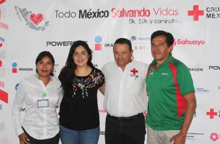 Presentan carrera de la Cruz Roja1.jpg