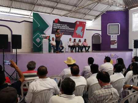 Preside diputada Pérez Espinoza foro para reformar ley orgánica, en Yahualica2.jpg