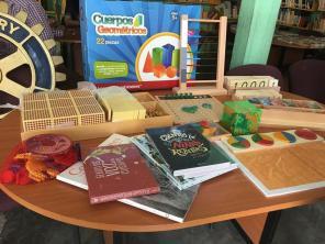Recibe donación de material didáctico Montessori, biblioteca de Los Ángeles, en Tolcayuca
