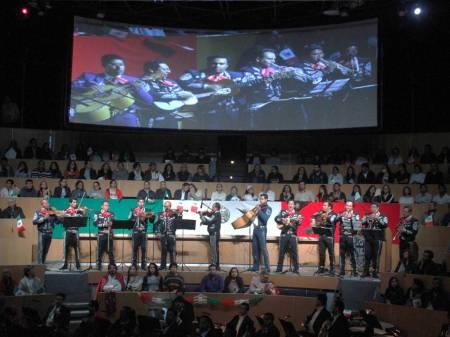 Celebraciones del mes patrio como parte de las actividades culturales de la UAEH
