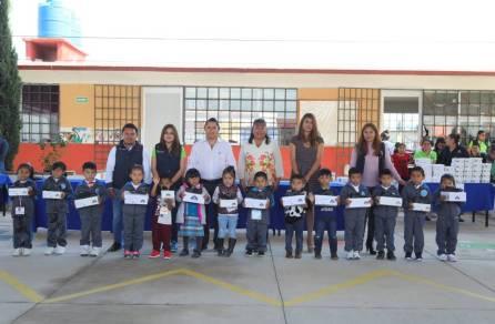 Concluye con éxito entrega de zapatos escolares en preescolares de Mineral de la Reforma 8