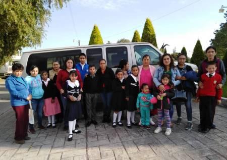 Entregan becas escolares del PAMAR en Santiago Tulantepec