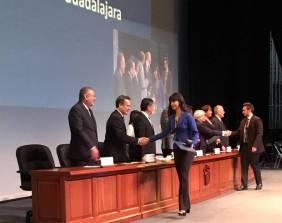 Galardonan a 50 egresados de la UAEH con el Premio Ceneval al Desempeño de Excelencia3
