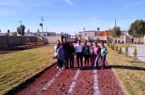 Inauguran cancha de fútbol, pista de carreras y áreas verdes 1