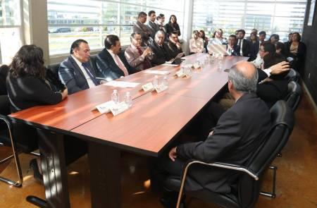 Licenciatura en Administración de UAEH se somete a evaluación internacional2