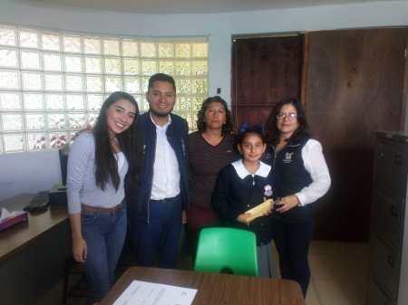 Pamar de Tolcayuca entrega becas académicas