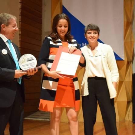 Recibe Santiago Tulantepec reconocimiento por innovación en servicios1