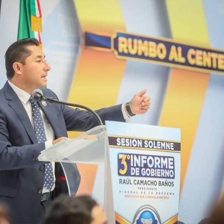 Refrenda alcalde Raúl Camacho baños su compromiso con los mineralreformenses durante su Tercer Informe de Gobierno 2