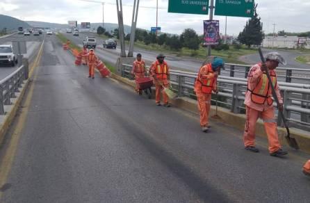 SOPOT realiza trabajos de limpieza en distribuidores viales de la Zona Metropolitana4