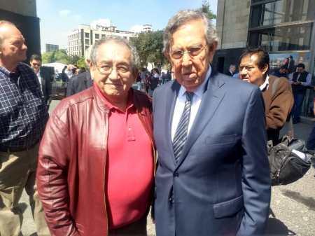 Acompaña Ricardo Baptista a Cuauhtémoc Cárdenas al XLIX aniversario luctuoso del general Lázaro Cárdenas2.jpg