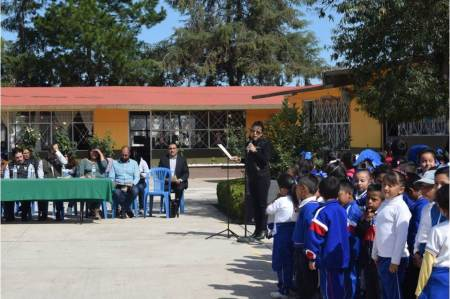 Anuncian techumbres en escuelas de Santiago Tulantepec.jpg
