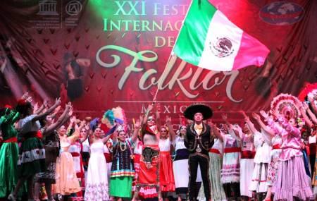 Arranca Festival Internacional del Folklor2.jpg