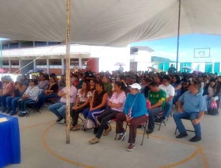 Brindan conferencia sobre ciberdelitos a padres de familia de Tizayuca2