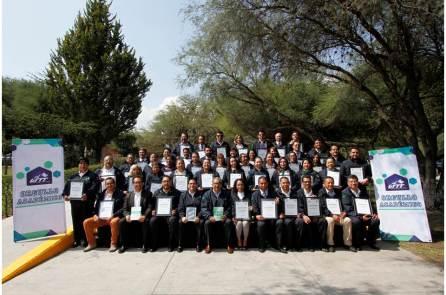 Docentes de la UTTT recibieron reconocimiento por destacada trayectoria académica2