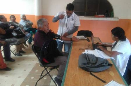 En Jornada Gerontológica, atienden a adultos mayores de general Felipe Ángeles en Tolcayuca1