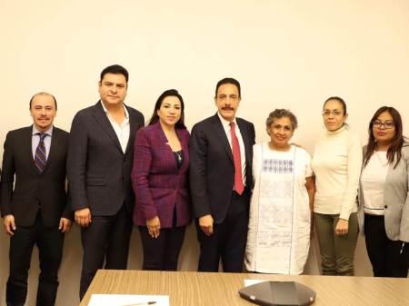 Establecen una agenda conjunta el gobernador de Hidalgo y la titular del INAPAM