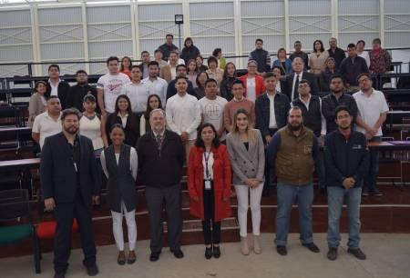 Estudiantes de la UPMH participan en NASA2