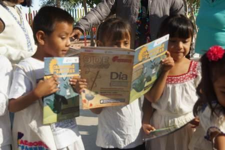 Estudiantes de preescolar y primaria indígena de Tasquillo y Alfajayucan recibieron la Gaceta Cazador@s de Saberes2.jpg