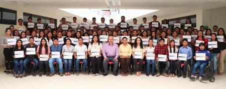 Estudiantes de UTHH concluyen Diplomado en Educación Financiera