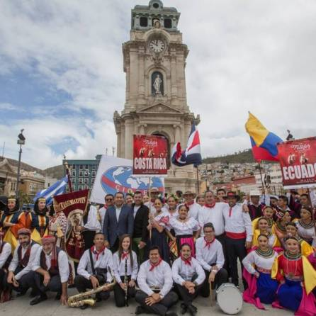 Gran cierre del Festival Internacional del Folklor 1