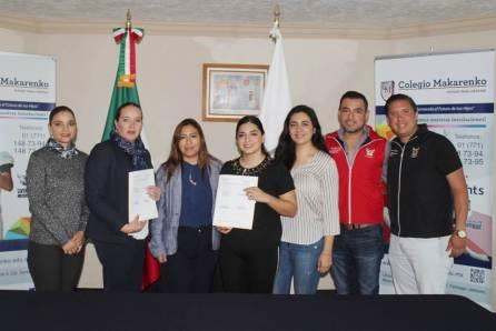 INHIDE y Colegio Makarenko firman convenio de colaboración2