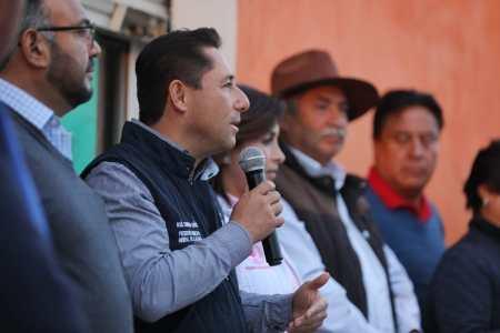 Inicia alcalde de Mineral de la Reforma, trabajos de construcción para la pavimentación de  concreto hidráulico en fraccionamiento El Saucillo2.jpg