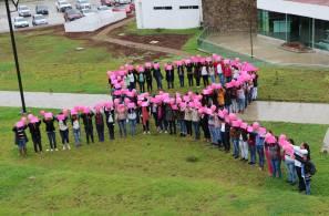 """Instituciones educativas se unen a la iniciativa """"Semilla Rosa"""" contra el cáncer de mama1"""