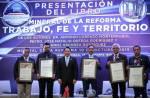"""Presenta municipio, libro """"Mineral de la Reforma trabajo, fe y territorio"""",6"""