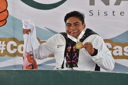 Reinicia para atletismo con medalla de oro2