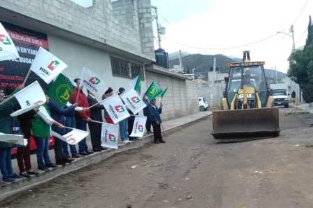 SOPOT realiza obras de pavimentación en la colonia Bugambilia de Pachuca.jpg