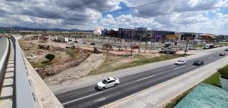 Trabajos en el retorno del distribuidor vial Las Torres-Pachuca