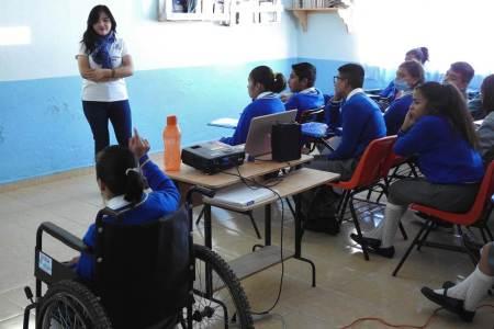 A través de pláticas, en Tolcayuca se busca prevenir acciones auto lesivas en adolescentes.jpg