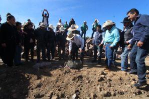 Colocan la primera piedra del lienzo charro de San Mateo Tlajomulco
