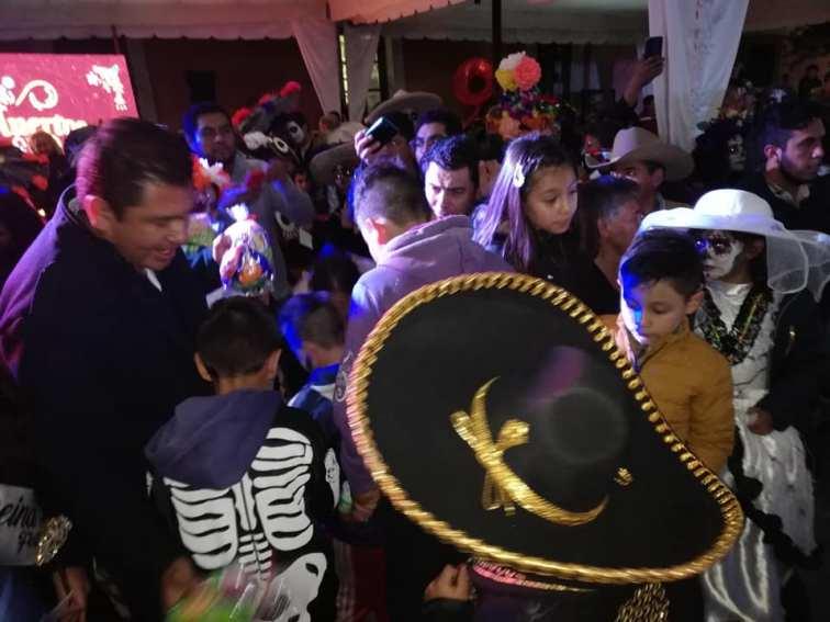 Concurso y desfile de catrinas y catrines en Zempoala12