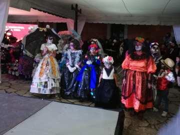 Concurso y desfile de catrinas y catrines en Zempoala19