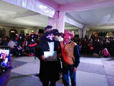 Concurso y desfile de catrinas y catrines en Zempoala5