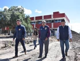 Entrega titular de SEPH infraestructura educativa en planteles de Zempoala1