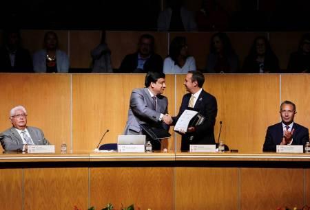 Firma convenio UAEH en pro de la salud pública de México2.jpg
