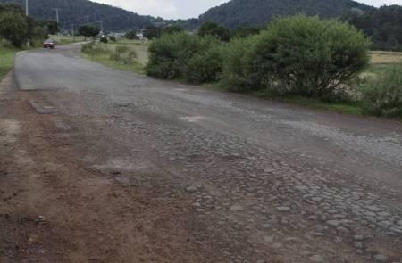 Gobierno del Estado invierte más de 9 mdp en el municipio de Almoloya 2.jpg