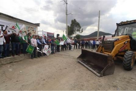 Intensifican en Zempoala trabajos en obras de infraestructura y atención ciudadana4