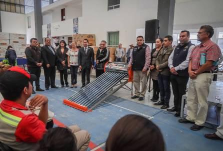 Invita Mineral de la Reforma a adquirir calentadores solares y tinacos a bajo costo1