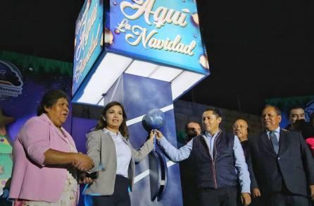 Realiza Raúl Camacho, primer encendido de árbol navideño en Santiago Jaltepec4