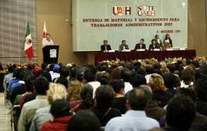 Reconoce UAEH esfuerzo de sus trabajadores con equipamiento1