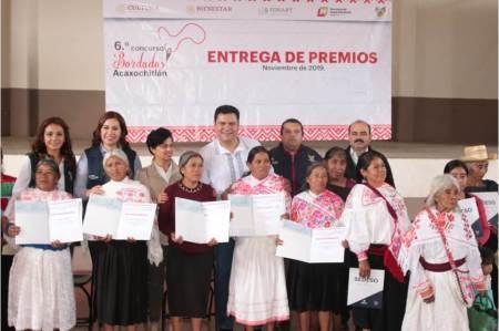 Sedeso repartió 200 mil pesos para personas artesanas en concurso de bordados de Acaxochitlán.jpg