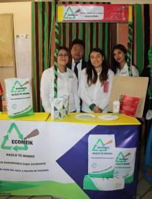 Alumnado de UTTT presentó proyectos en exposición comercial 2