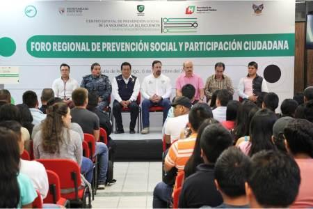 Con Foro de Prevención, llama SSPH a prevenir y denunciar violencia intrafamiliar en la Huasteca2