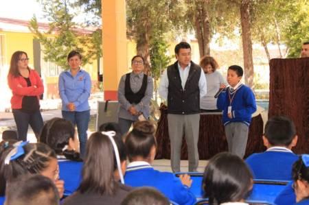 El DIF Tolcayuca concientiza a los adolescentes sobre violencia de género