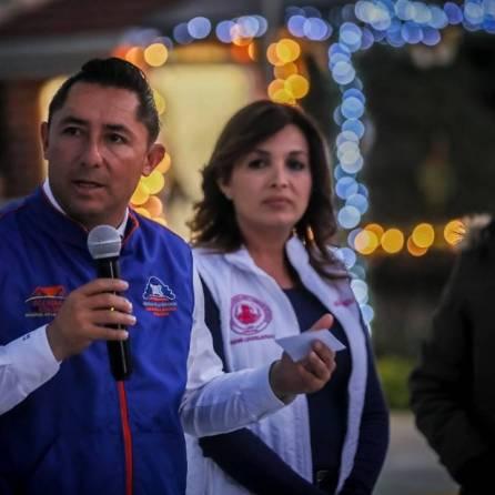 Encabeza Raúl Camacho banderazo de obra de pavimentación de concreto en Fraccionamiento Los Pinos 2
