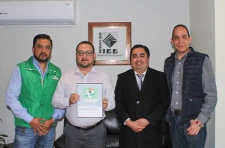 IEEH recibe plataforma electoral de los Partidos Morena y Verde Ecologista de México 1.jpg